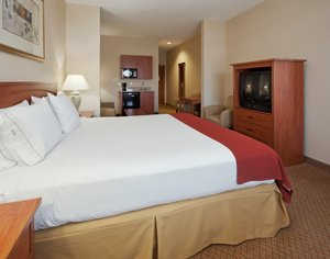 Suite - Holiday Inn Express Hotel & Suites Carson City