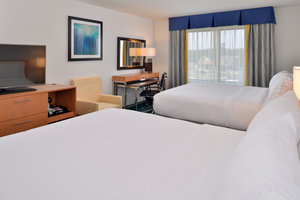 Room - Holiday Inn Express Hotel & Suites West Ocean City