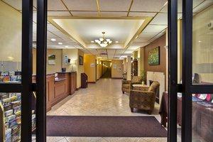 Lobby - Holiday Inn Express Hotel & Suites Harrington