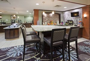 Restaurant - Staybridge Suites Bloomington