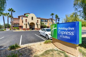 Exterior View Holiday Inn Express Hotel Suites Manteca