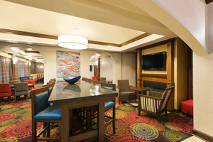 Lobby - Holiday Inn Express Hotel & Suites West Little Rock