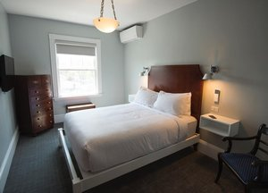 Room - Emerson Inn by the Sea Rockport