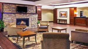 Lobby - Holiday Inn Express Hotel & Suites Southwest Sioux Falls
