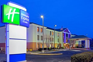 Exterior view - Holiday Inn Express Hotel & Suites Carneys Point