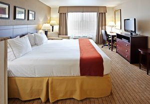 Room - Holiday Inn Express Hotel & Suites Vancouver