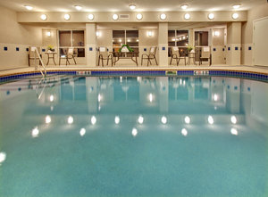 Pool - Holiday Inn Express Vermillion