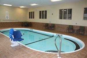 Pool - Holiday Inn Express Ludlow