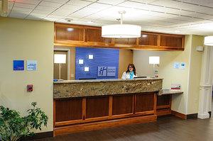 Lobby - Holiday Inn Express Ludlow