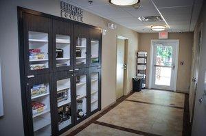 Lobby - Candlewood Suites Northeast Columbus