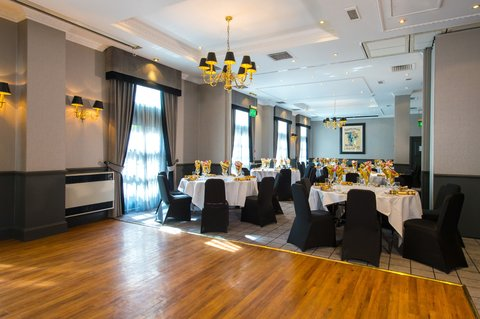 Christmas Parties available at the Holiday Inn The