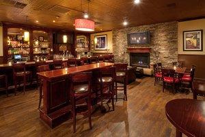 Bar - Holiday Inn Williamsport