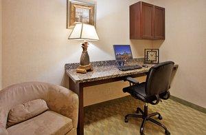 proam - Holiday Inn Express Hotel & Suites Lansing