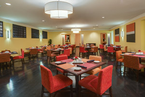 Restaurant - Crowne Plaza Hotel Kenner