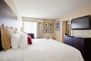 Suite - Crowne Plaza Hotel Kenner