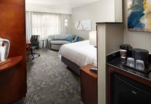 Room - Courtyard by Marriott Hotel Wyomissing