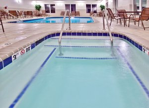 Pool - Holiday Inn Express Hotel & Suites Dubuque