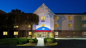 Exterior view - Candlewood Suites Airport Doral