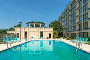 Pool - Holiday Inn Cherry Hill