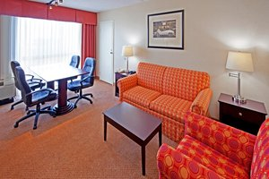 Suite - Holiday Inn Cherry Hill
