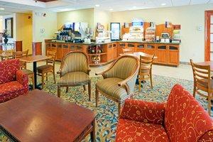 Restaurant - Holiday Inn Express Hotel & Suites Hudson