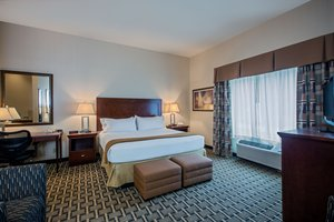 Suite - Holiday Inn Express Meadville