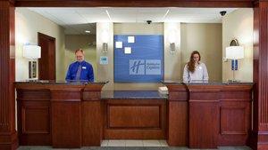 Lobby - Holiday Inn Express Mercer