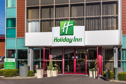 Welcome to the Holiday Inn Birmingham North-Cannoc