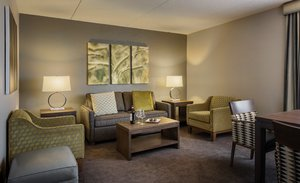 Suite - Holiday Inn South Winnipeg
