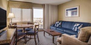 Room - Wyndham Inn on Long Wharf Newport