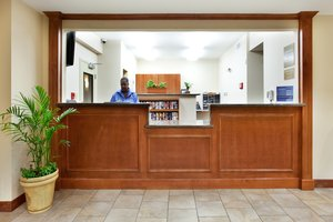 Lobby - Candlewood Suites New Iberia