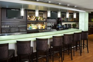 Bar - Holiday Inn Airport Newark