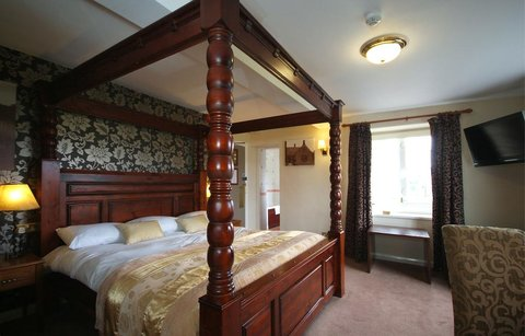 Superior Double -Four poster room