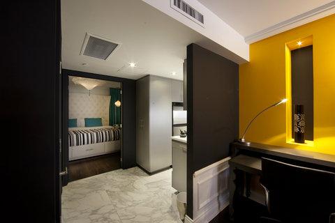 topaz suite