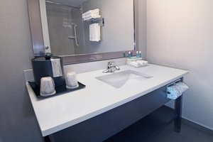 - Holiday Inn Express Hotel & Suites Calgary