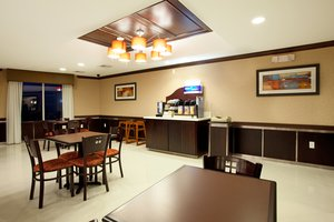 Restaurant - Holiday Inn Express Hotel & Suites Amite
