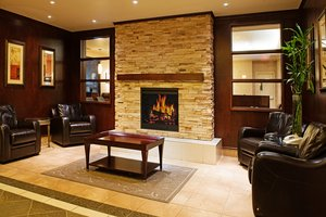 Lobby - Holiday Inn Hotel & Suites Lloydminster