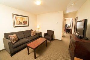 Suite - Holiday Inn Hotel & Suites Lloydminster