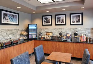 Restaurant - TownePlace Suites by Marriott Downtown Minneapolis