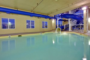 Pool - Holiday Inn Express Hotel & Suites Hinton