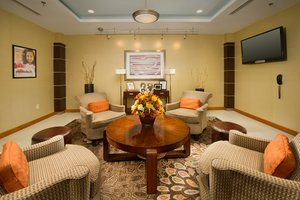 Lobby - Holiday Inn Express Hotel & Suites Elkridge