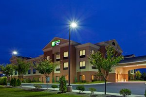 Exterior view - Holiday Inn Express Hotel & Suites Chestertown