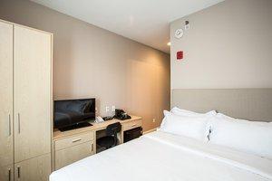 Room - Grandview Hotel Flushing