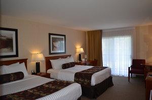 Room - Inn on Long Lake Nanaimo