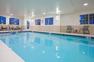 Pool - Candlewood Suites Williamsport