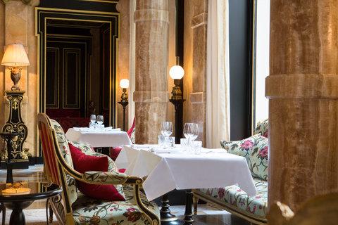 Grand Salon Restaurant