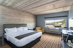 Room - Pier B Resort Duluth