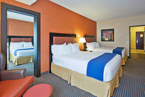Suite - Holiday Inn Express Hotel & Suites Airport Calgary