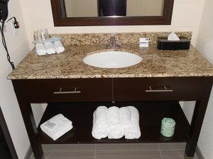 Room - Holiday Inn Express Hotel & Suites Medical Center