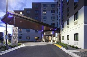 Exterior view - Holiday Inn Express Roseville